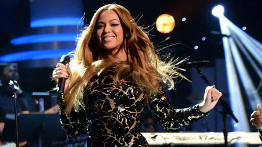 Revivez l'hommage de Beyonce à Stevie Wonder !