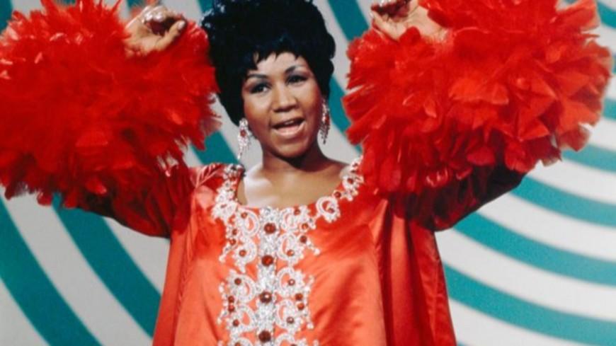 La gouverneure du Michigan rend hommage à la « Reine de la Soul »