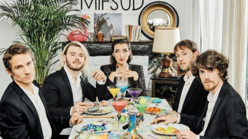 """Marie Mifsud dévoile son nouvel album """"Récif"""""""