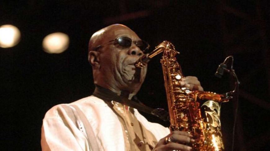 Manu Dibango : le saxophoniste emporté par le Coronavirus