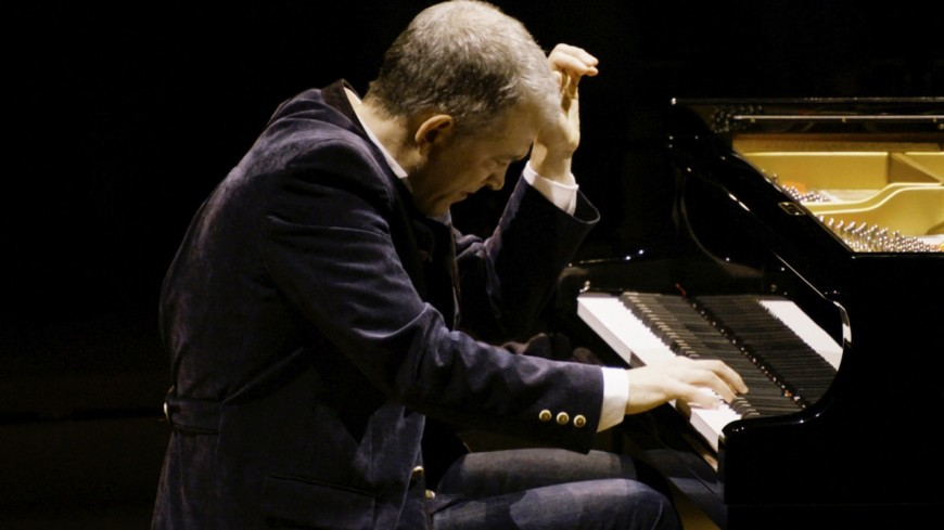 Le pianiste Brad Mehldau sort un album pour la Jazz Foundation America