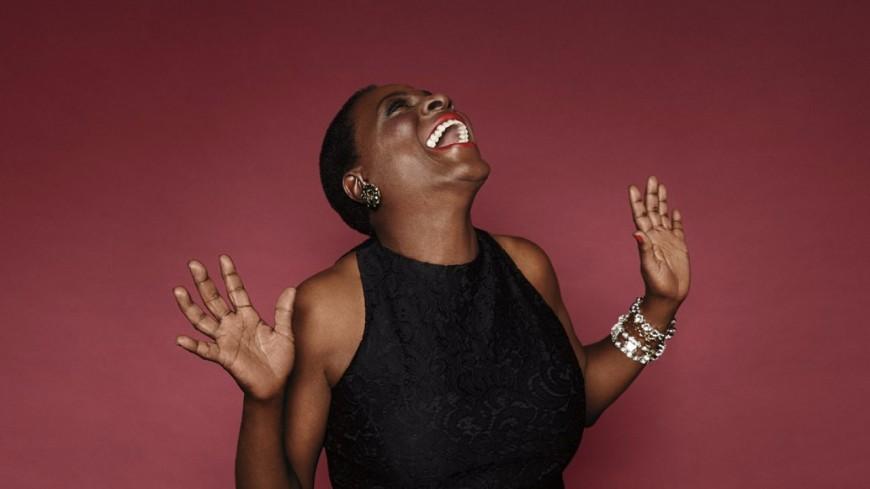 Hommage à Sharon Jones : retour en musique sur une voix incroyable de la soul