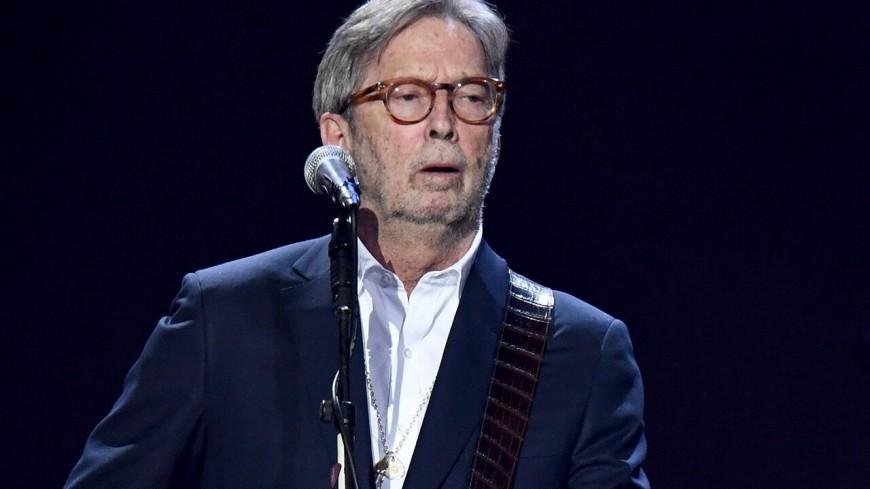 """Eric Clapton critique les mesures sanitaires dans """"This Has Gotta Stop"""" (vidéo)"""