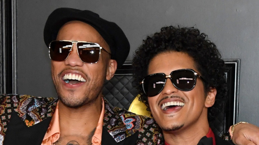 Silk Sonic - L'album commun de Bruno Mars et Anderson .Paak sortira en novembre !