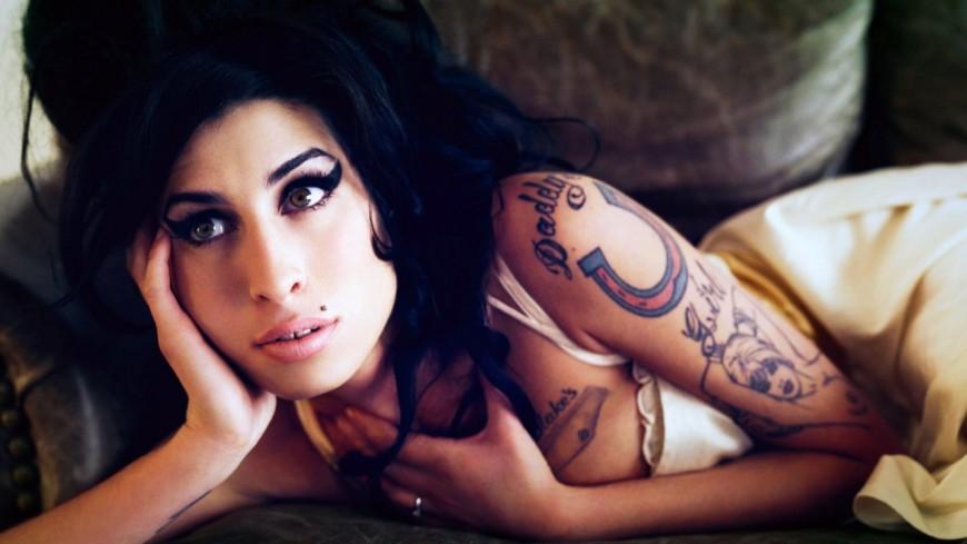 Amy Winehouse : un concours de reprise pour fêter les 10 ans de Back to Black !