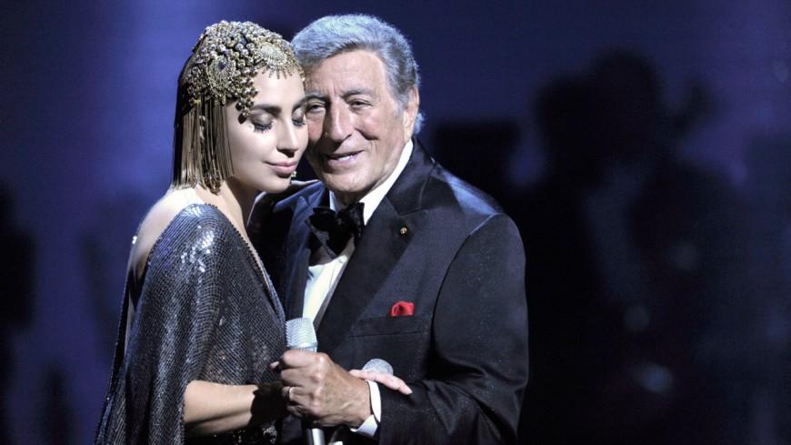 """Lady Gaga chante """"La vie en rose"""" pour Tony Bennett"""