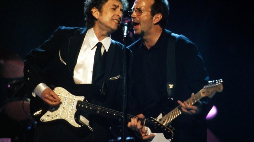 Des manuscrits d'Eric Clapton et Bob Dylan aux enchères !