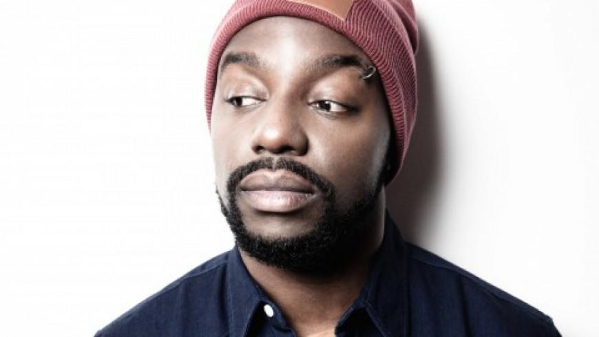 En ce vendredi on écoute du Sly Johnson, quelques jours avant son showcase au Docks 40 à Lyon