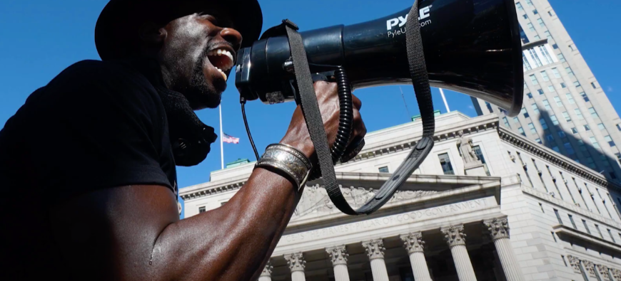 "Le trompettiste Wynton Marsalis partage sa ""Protest Video"" (vidéo)"