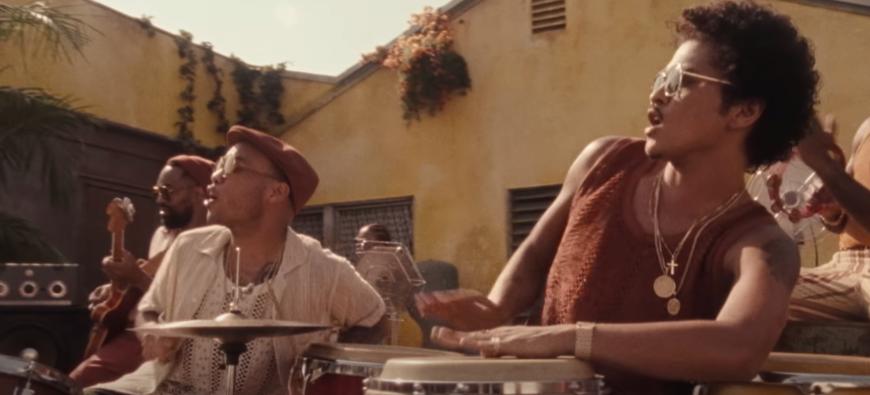Bruno Mars et Anderson .Paak dévoilent leur nouveau single solaire ! (vidéo)
