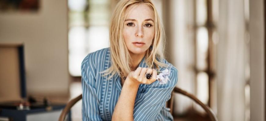 La chanteuse suédoise Lisa Ekdahl annonce la sortie d'un album de reprises !