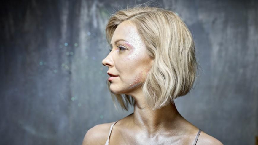 Julie Erikssen - There