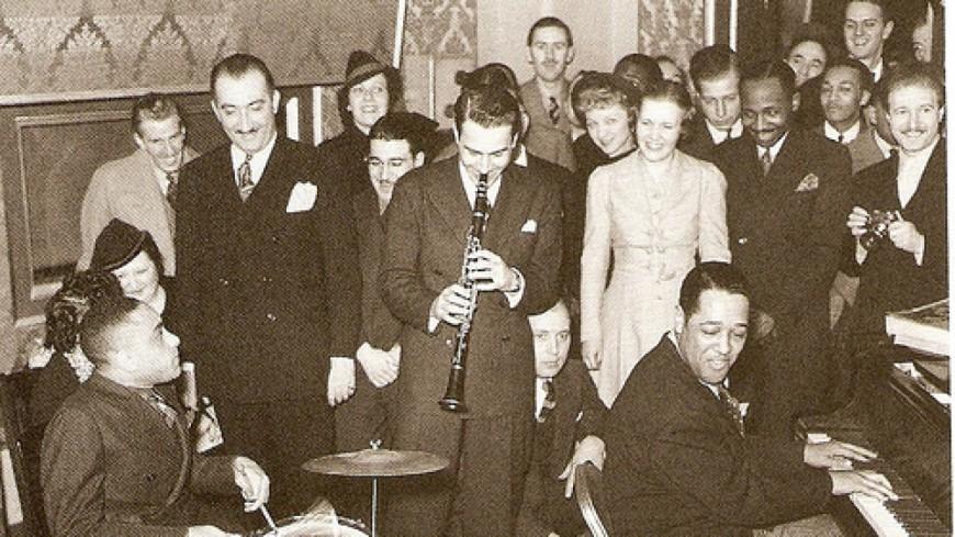 Artie Shaw en compagnie de Duke Ellington pour une sublime jazz session !
