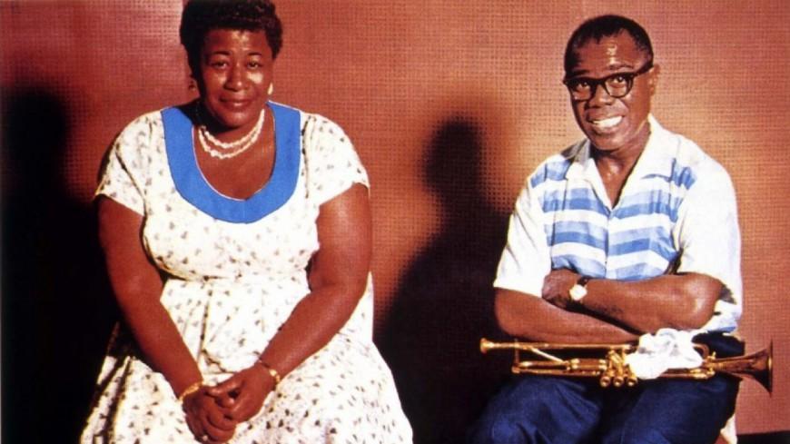 Ella Fitzgerald rend hommage à Louis Armstrong!
