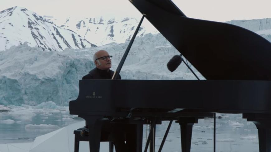 Ludovico Einaudi s'associe à Greenpeace le temps d'une mélodie !
