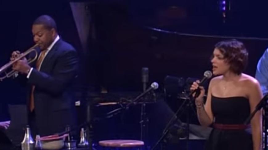 La délicate Norah Jones et le maître Wynton Marsalis reprennent Ray Charles !